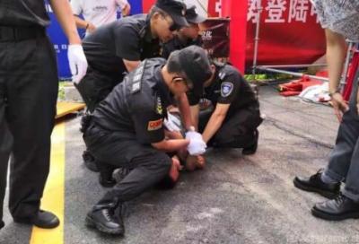 警方通报任达华被捅事件:嫌疑人存在精神障碍