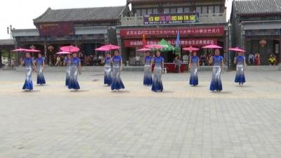 济宁、徐州两地交谊舞联合会演 吸引多地市民参与