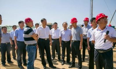 市領導深入魯南高鐵項目工地現場辦公 督導調度工程進展