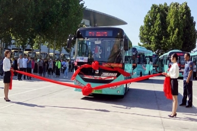 曲阜30輛微循環公交啟動運營 市民出行乘車更方便