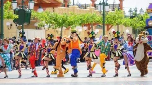禁带食物并坚持搜包引争议 上海迪士尼终于公开回应