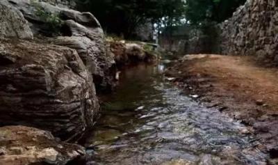 必打卡!国内罕见的石头村落——邹城上九山古村落