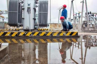 嘉祥縣供電公司:雨后特巡保障變電站安全穩定