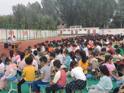 普法教育进校园   筑牢成长防护墙