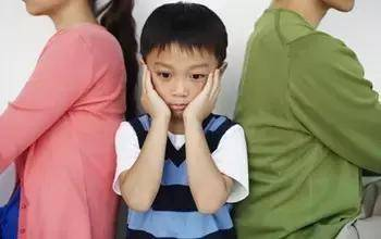 """孩子一上学就头晕、恶心,可能患了""""学校恐怖症"""""""