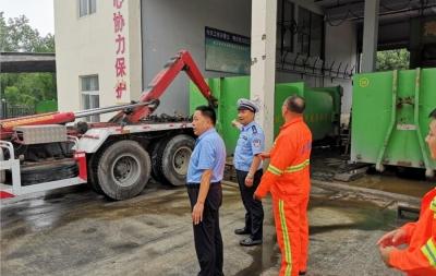 汶上交警强化源头治理?打压垃圾运输车超载抬头问题