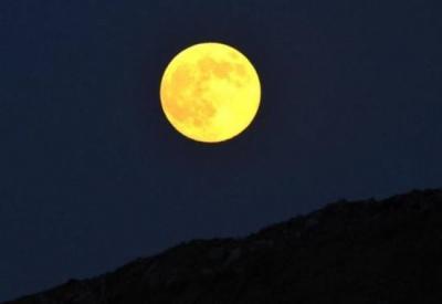 十五的月亮十六圆 山东大部分地区今夜都能赏到朗月高悬