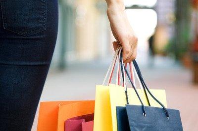 卖家因差评向消费者索赔9800元,法院这么判