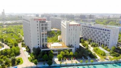 """济宁高新区:""""一区十园""""激活园区经济 营造优质发展环境"""