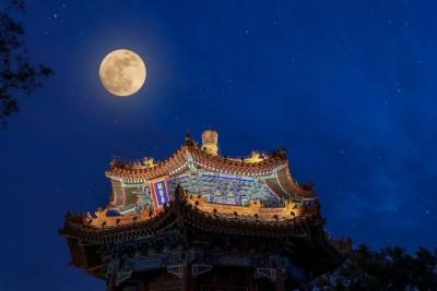 赏月拜月、吃月饼……你记忆里的中秋节什么样?