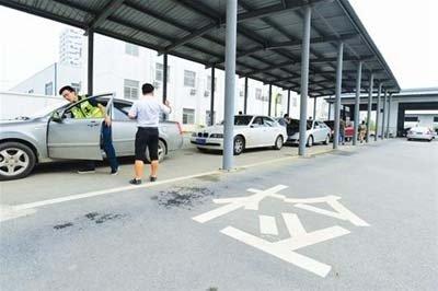 你的車年審了嗎?周六日必威betway這些安檢機構有延時服務