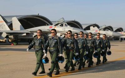 注意!初選時間已定 山東2020年空軍和海軍招飛開始啦