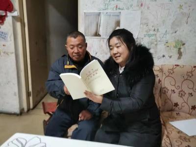新刘庄社区:廉政文化送学到家
