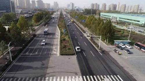 G327兖州代家村至柳行立交桥段路面主车道中修工程完工通车