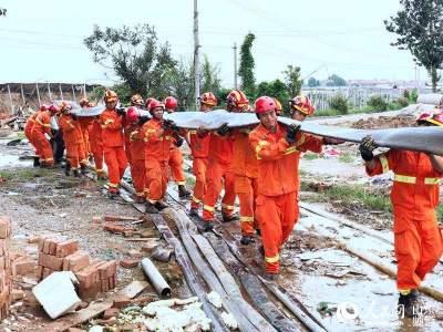 山东消防真给力!一年救援5.7万起 挽回财产损失6.8亿