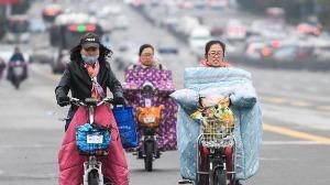 """冷空气致全国多地气温""""跳水"""",北方大部已正式入冬"""