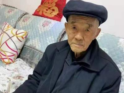 """退役老兵张庆先:不提""""当年勇"""" 退役不褪色"""