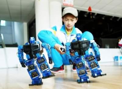 济宁市青少年机器人竞赛开始报名 优胜者推荐参加国家级赛事