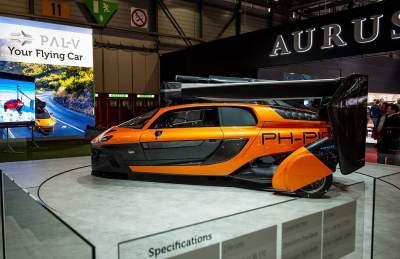 世界首輛會飛的汽車亮相!時速200英里 售價近60萬美元