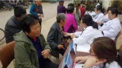 金乡县胡集镇乡村振兴服务队关爱百姓健康 助力乡村振兴