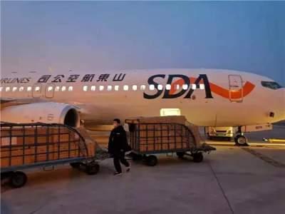 总理武汉承诺,山东当晚兑现!2万套护目镜火速从青岛空运武汉
