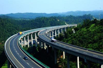 山东公布高速公路按车型收取车辆通行费标准!