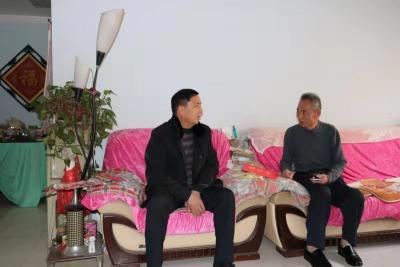 泗水县退役军人事务局走访慰问军休干部