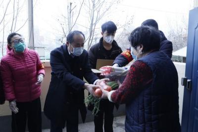 疫情无情 人间有爱|爱心企业为贫困户免费捐赠100箱蔬菜