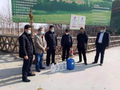 太白湖新區文旅局2200斤消殺物品送往景區、社區