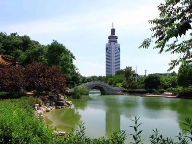 傅明先到济宁市公共卫生应急服务中心项目建设现场督导