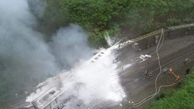 痛心!火車脫軌側翻事故造成1人遇難4人重傷123人輕傷