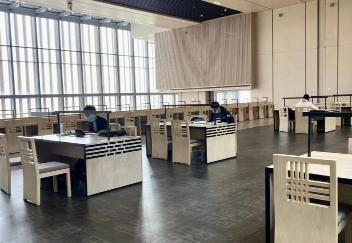 濟寧市圖書館恢復開放首日 接待到館讀者700余人次