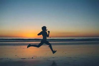 """運動""""過嗨""""降低免疫力 2個方法教你判斷正確強度"""