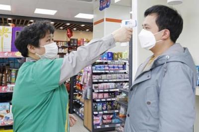 重视疫情防控带来的社会心态变化