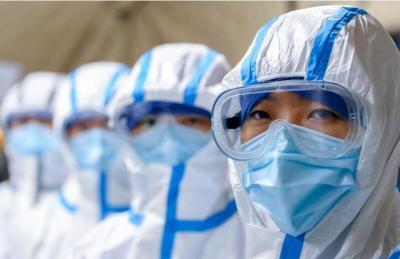 凝聚起决战决胜的中国信心——从打赢疫情防控阻击战看全国两会召开
