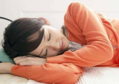 左側睡壓迫心臟?心臟沒那么脆弱,它并不在乎你朝哪邊睡