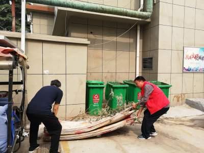 阜桥街道后铺社区:开展清洁社区 美化环境活动