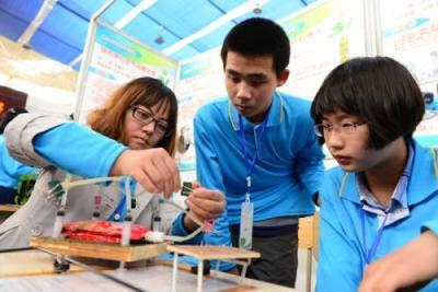 科技创新助力青少年茁壮成长 济宁青少年科技创新竞赛活动实现新突破