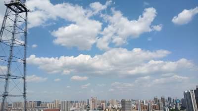 济宁发布高温黄色预警信号 大部分地区可达35℃以上