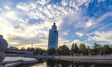 傅明先林红玉会见中建国际公司客人