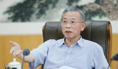 山东省委书记刘家义:始终把人民群众的利益放在首位