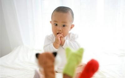 抠手、啃指甲停不下来…… 小动作背后隐藏的是负面情绪