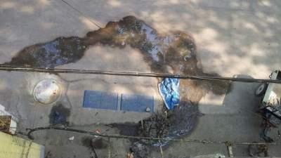 下水道堵塞多日导致污水横流 部门:已疏通完毕