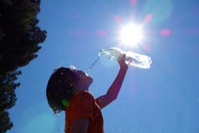 三伏天中暑了怎么办?中暑能有多严重?如何预防?