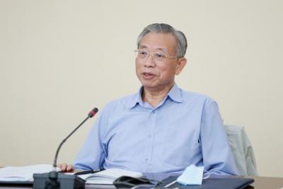 刘家义参加所在党支部主题党日活动并讲党课