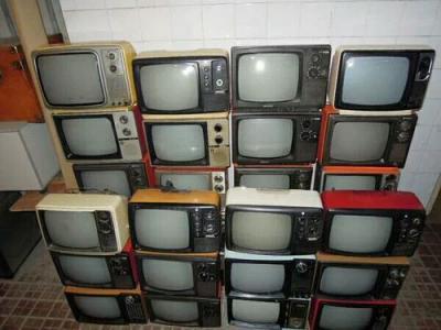 1台电视机可拆成23种部件 旧机子如何派上新用场
