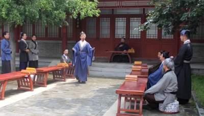 教学情景剧《进义村论政》,再现孔子为政以德