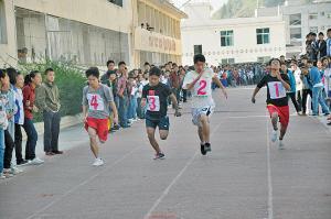 體育總局、教育部:中考體育科目將逐步提高分值