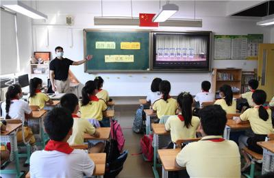 """山东1000多万学生开学 上好""""节约粮食""""这一课"""