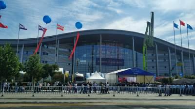第十六届中国(梁山)专用汽车展览会开幕
